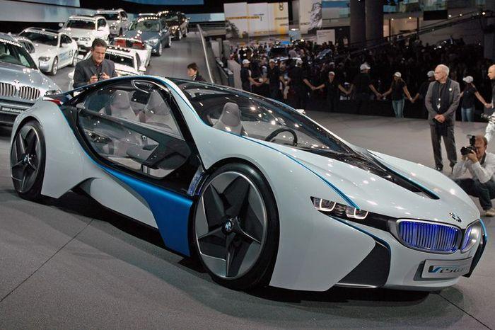 Новый гибрид от BMW получит название i8 (23 фото)