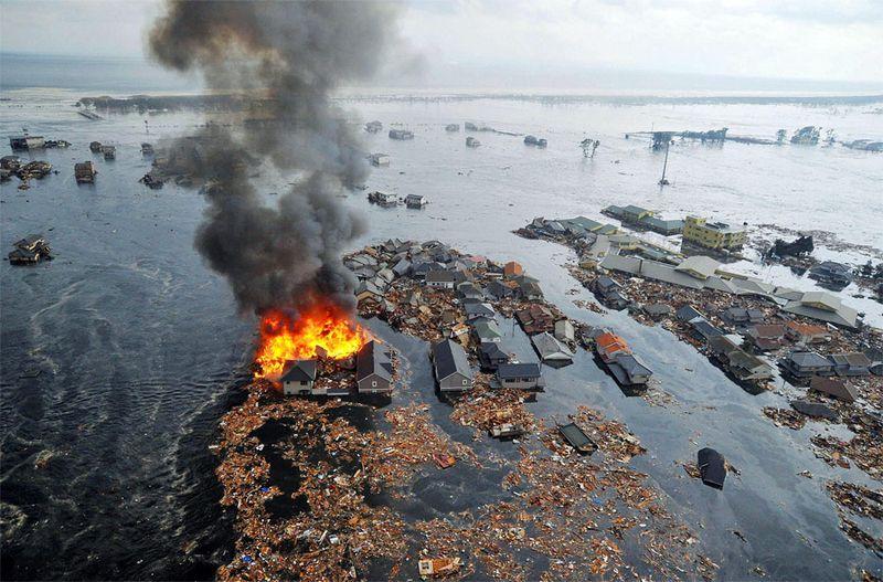 Лучшие снимки Reuters 2011. Часть 2. (22 фото)