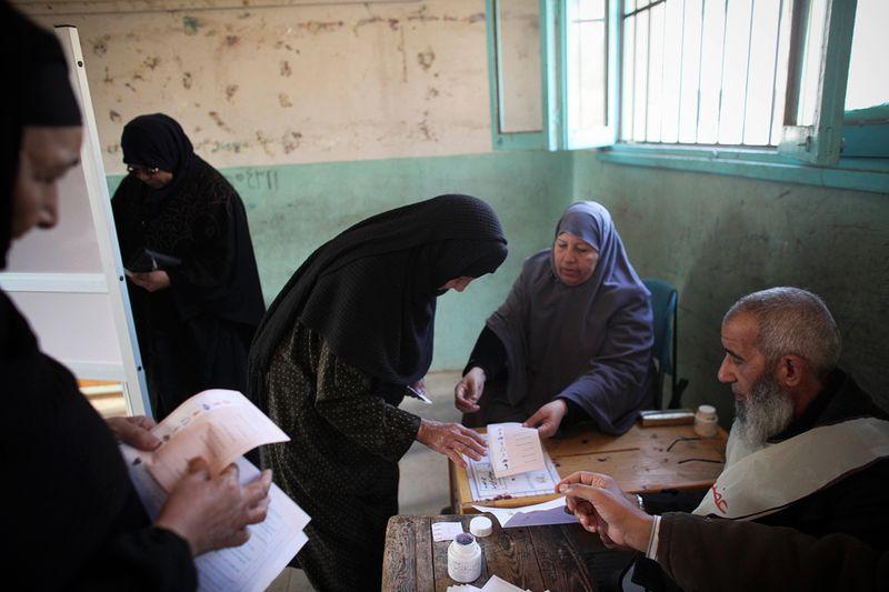 12183 Выборы в Египте и Конго