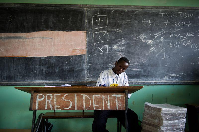 2671 Выборы в Египте и Конго