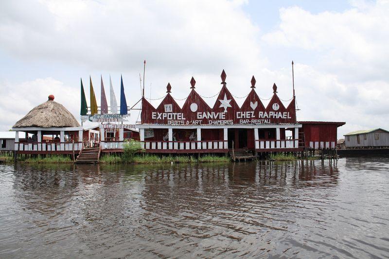 1710 Африканская Венеция: Город озеро Ганвье