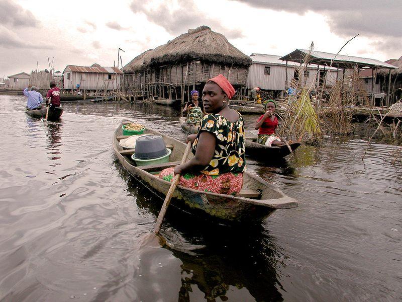 238 Африканская Венеция: Город озеро Ганвье