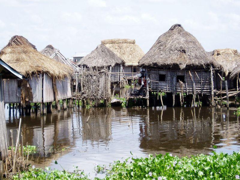 285 Африканская Венеция: Город озеро Ганвье