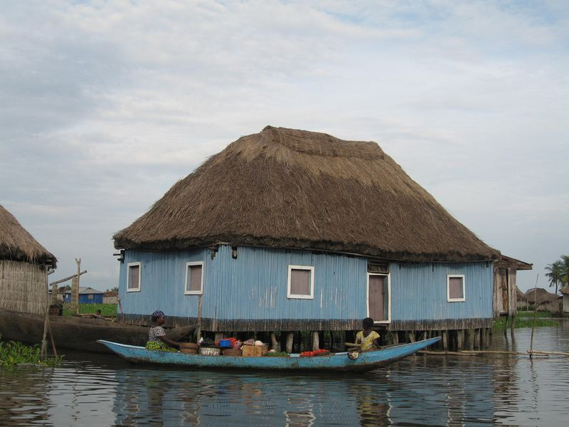 915 Африканская Венеция: Город озеро Ганвье