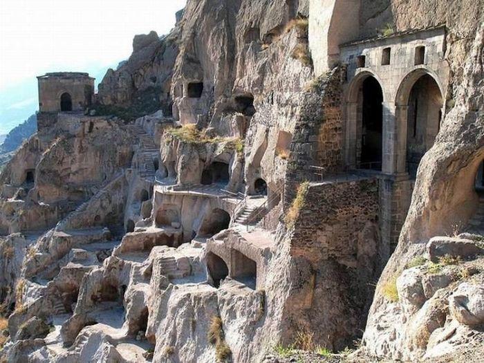 Вардзиа - пещерный монастырь (21 фото)