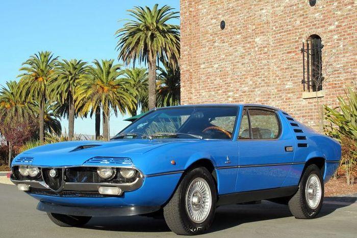 Редкое купе Alfa Romeo Montreal выставили на продажу (74 фото)