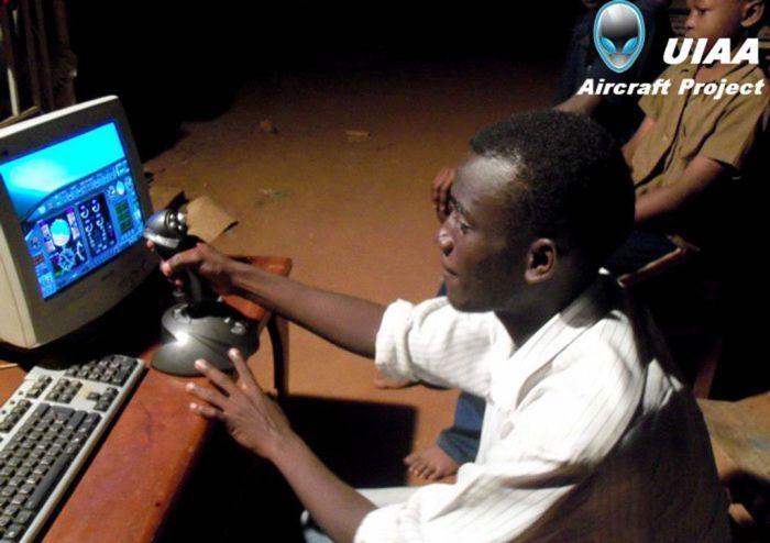 В Уганде начали строить шаттл (31 фото)
