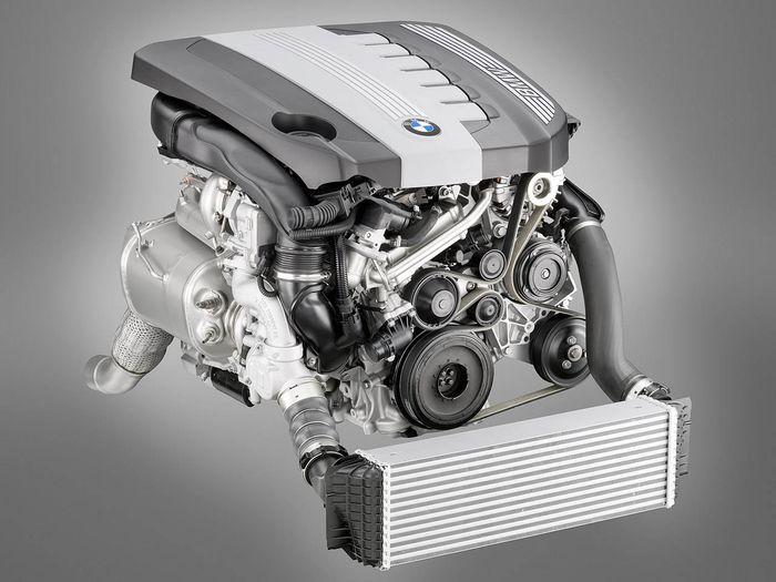 Топ-10 лучших двигателей по мнению американцев (10 фото)