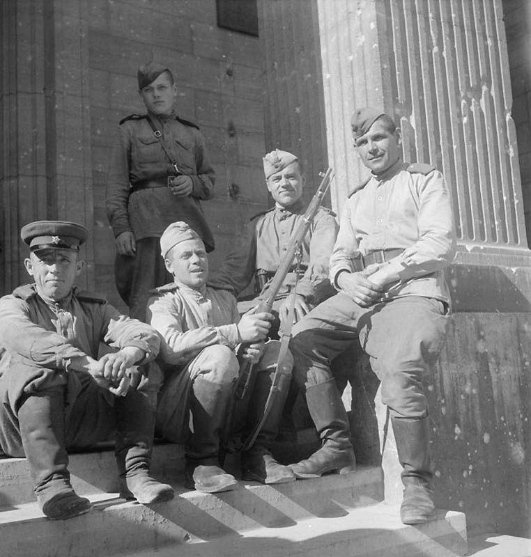 1142 Повседневная жизнь Берлина в июле 1945 года