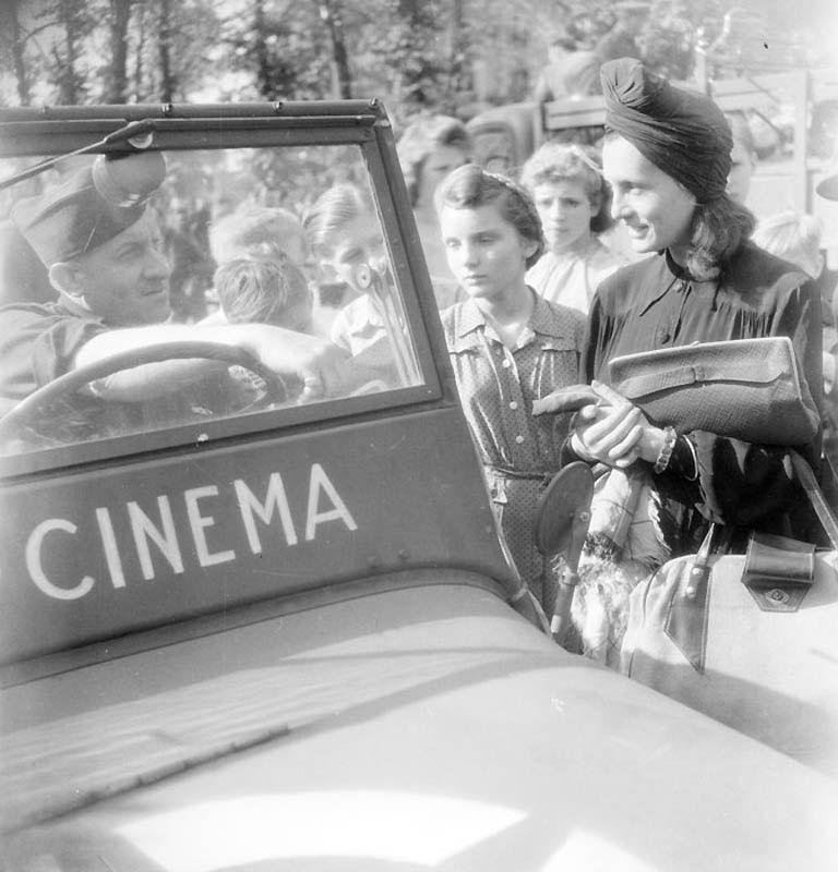 2130 Повседневная жизнь Берлина в июле 1945 года