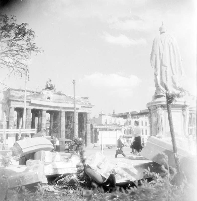 557 Повседневная жизнь Берлина в июле 1945 года