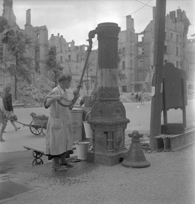 942 Повседневная жизнь Берлина в июле 1945 года