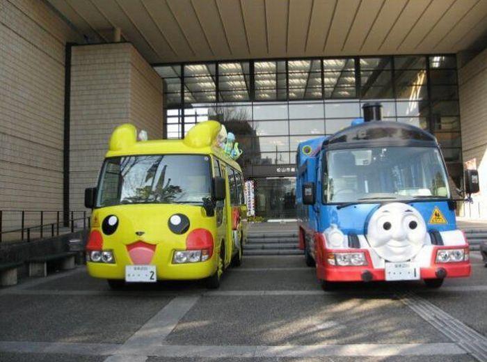Оригинальные школьные автобусы Японии (25 фото)
