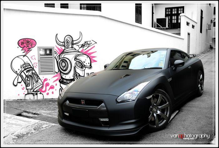 Для фанатов японской легенды Nissan Skyline GT-R (83 фото+5 видео)