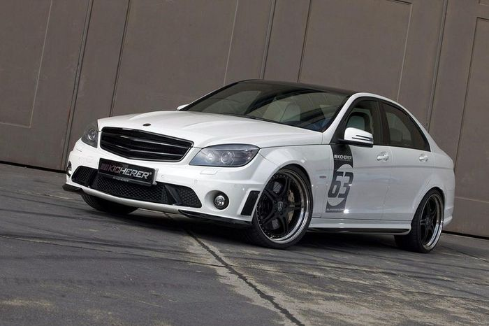 Mercedes-Benz C63 AMG White Edition от ателье Kicherer (9 фото)