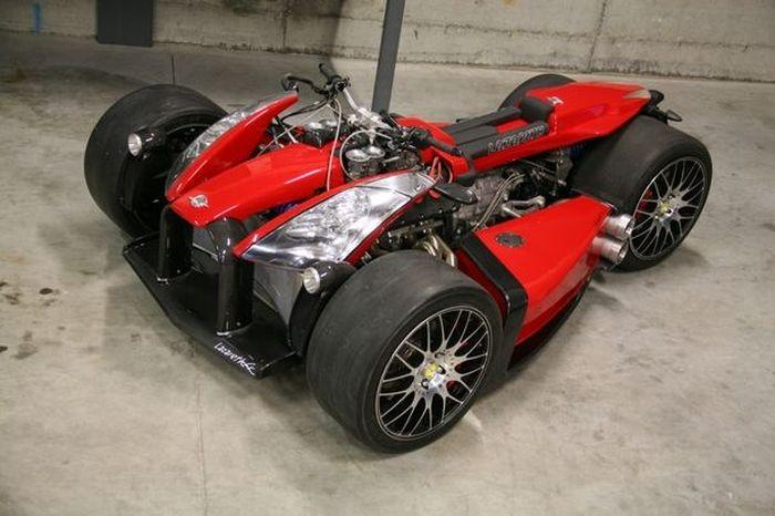 Wazuma V8F с двигателем от Ferrari продают за 200 тыс. Евро (11 фото+видео)