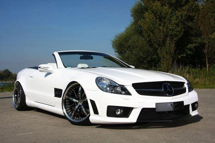 Немецкое ателье PP Exclusive освежили Mercedes-Benz SL R230 (12 фото)