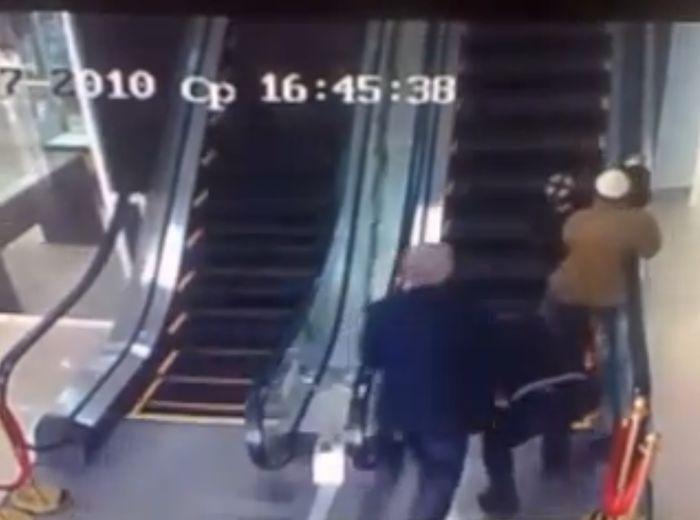 Забавные узбеки на эскалаторе (5 фото +  3 видео)
