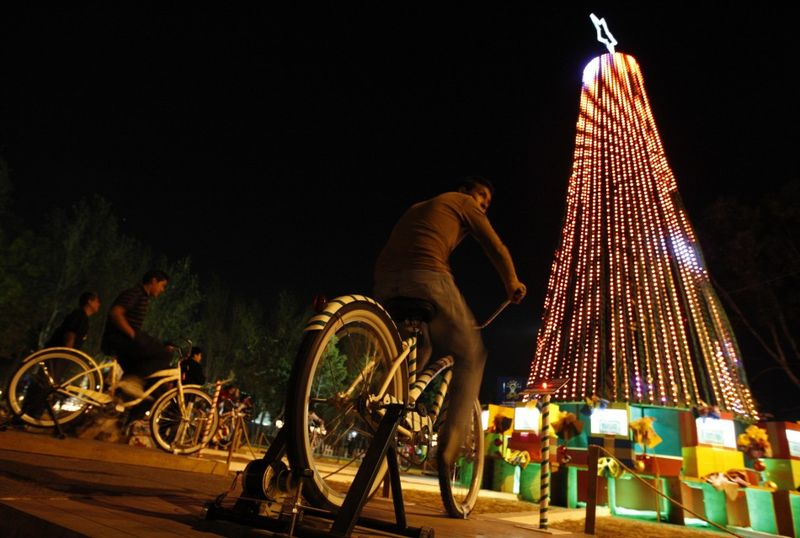 Новогодняя елка - символ нового года (28 фото)