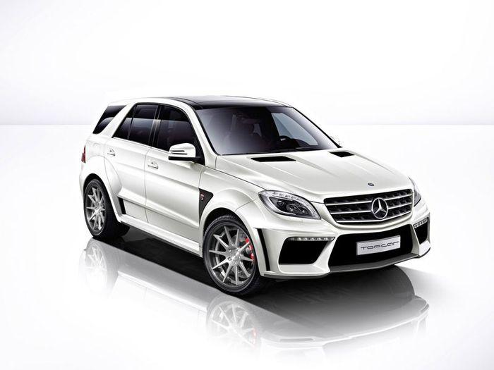 Тюнеры из TopCar решили улучшить Mercedes ML 63 AMG (3 фото)