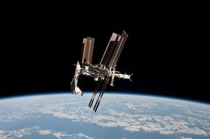 Лучшие фото на космическую тематику за 2011 год (32 фото)