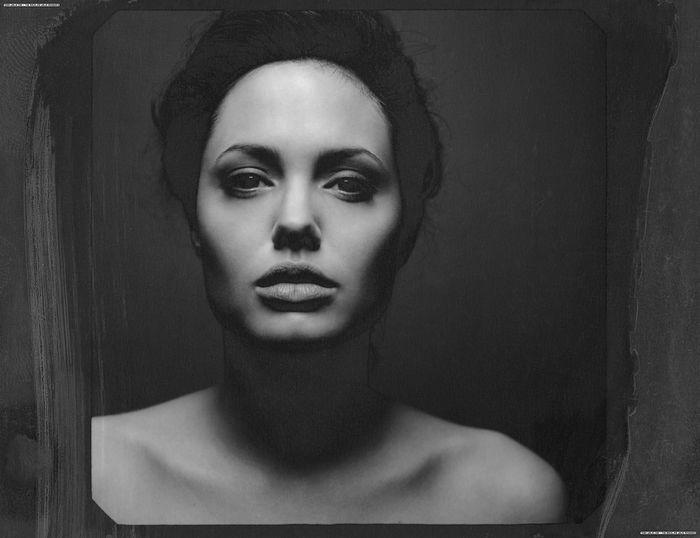 Анджелина Джоли (11 фото)