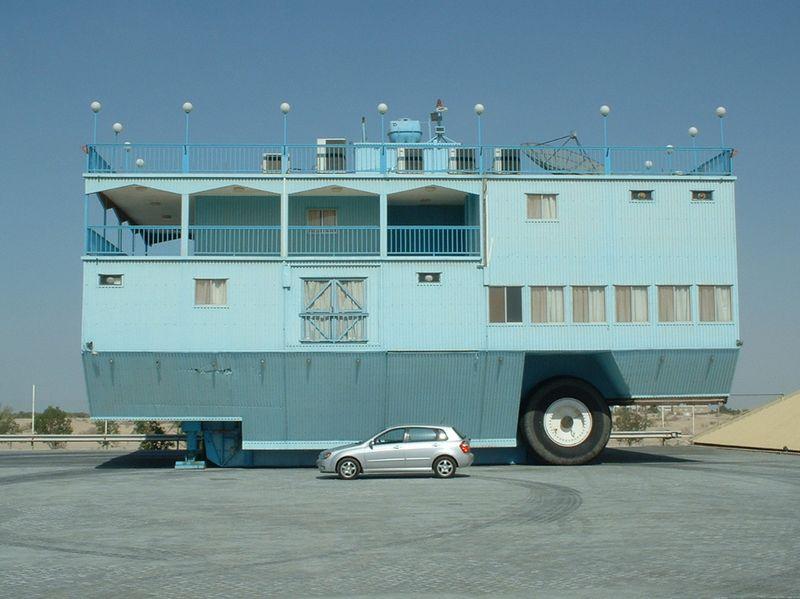 Юмор прикол дом на колесах, огромная машина
