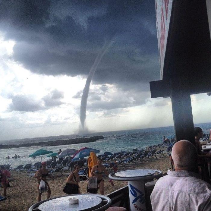 Фото онлайн ветер, вихрь, природное явление, смерч, торнадо, ураган