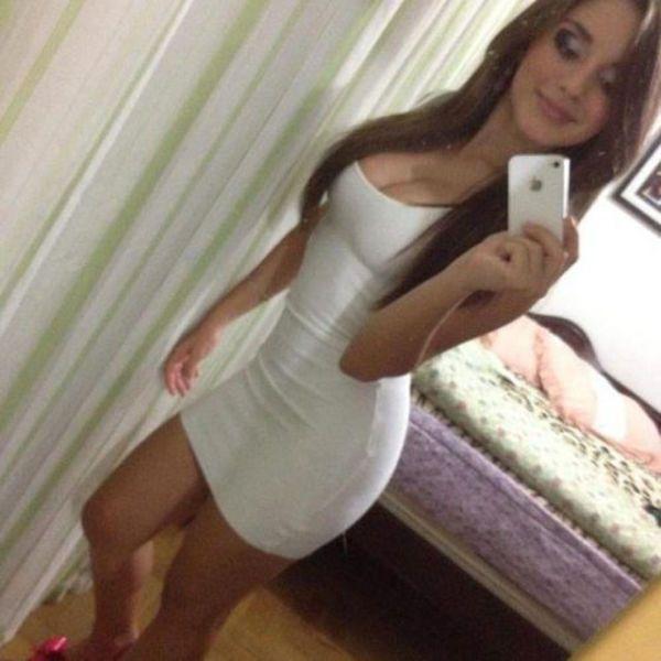 девушки, обтягивающее платье, откровенно, сексуально