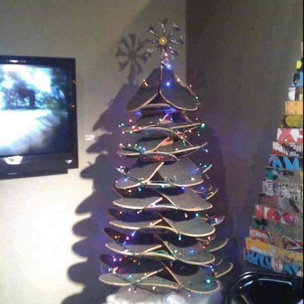 Фотоприкол онлайн новогодняя елка, прикол, своими руками, скейтборд, хенд-мейд