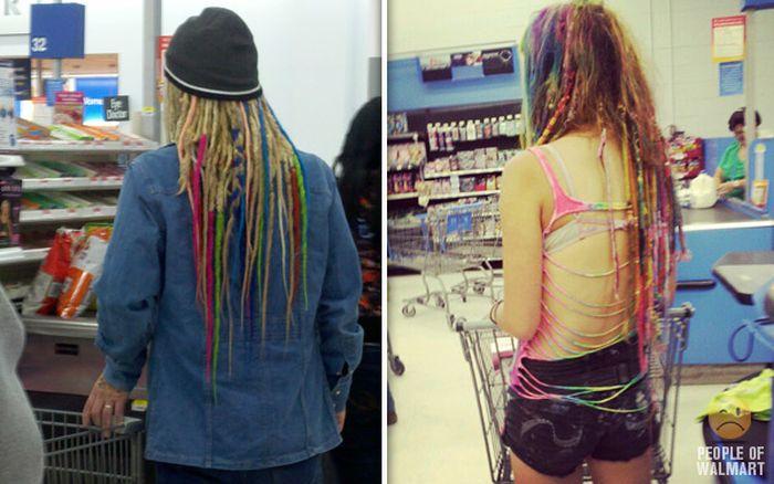 Gente rara en el supermercado Walmart-046