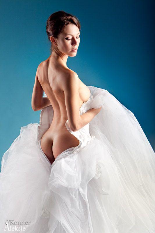 эротические фото девушек в свадебных платьях нужно