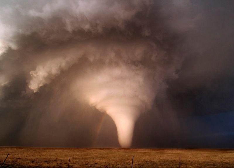 Фотка величие, вихрь, жесть, красота природы, разрушительная сила, смерч, торнадо, ураган