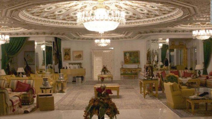 особняк, дворец, суперкар, драгоценности