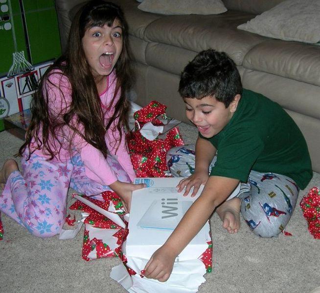 подарок, новый год, сюрприз, дети, улыбка, восторг