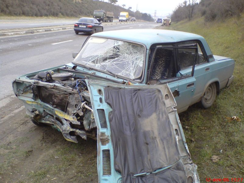 Lada bad accident